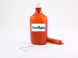 traditional bottle drug packaging available at Novopharm of Tampa, FL
